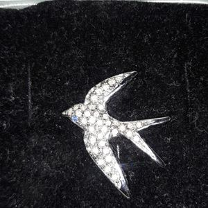 Juliette Gordon low swallow pin Vintage